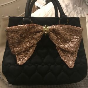 Women's Betsey Johnson Big Bow Purse!